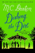 M. C. Beaton: Dishing the Dirt: An Agatha Raisin Mystery (Agatha Raisin Mysteries)