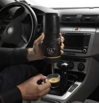 Handpress-Espresso-Maker-for-the-Car