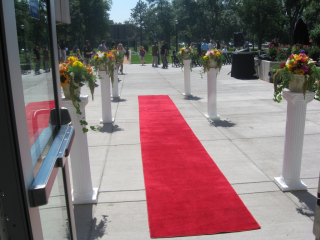 Red capet by Tutt Library entrance