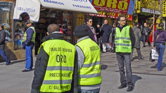 Gustavo Romano. Compra venta de tiempo en las inmediaciones de Puerta del Sol