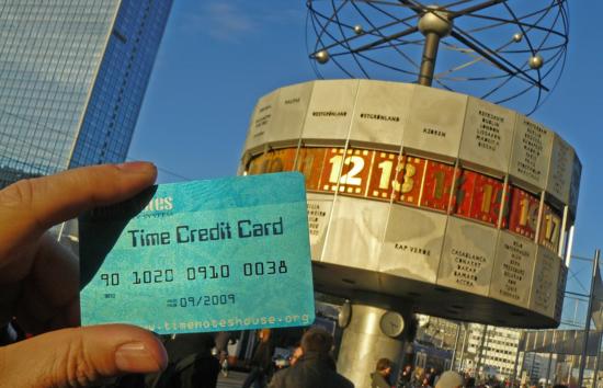 Time Notes Bank y la Tarjeta de Crédito de Tiempo