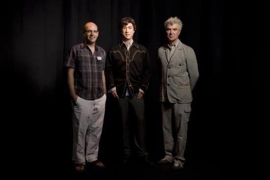 David Byrne, Julio y Hanson Robotics Julio