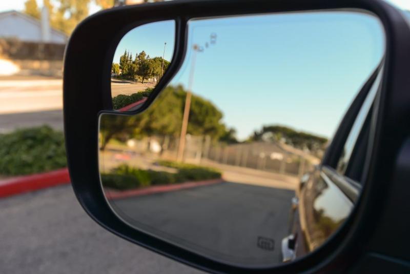 2019 Nissan Titan Platinum Reserve Side Mirrors