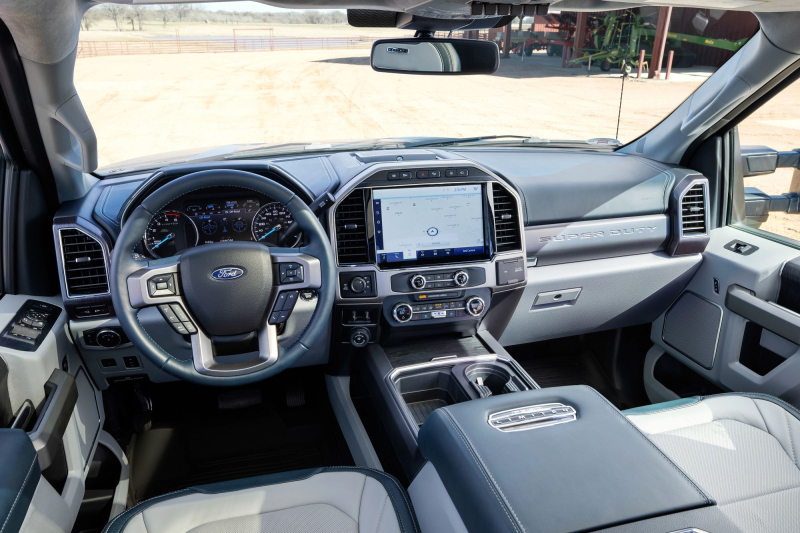 2022 Ford Super Duty Multimedia Screen And Front Dash