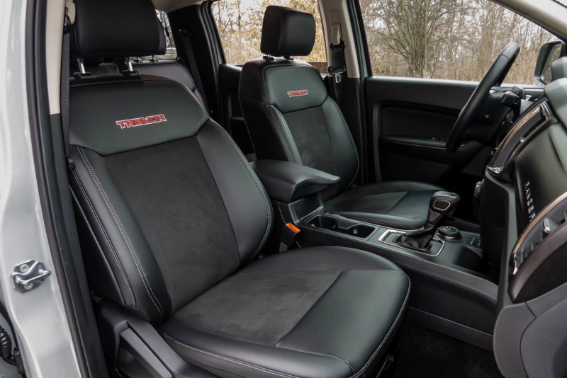 2021 Ford Ranger Tremor Front Seats and Dashboard