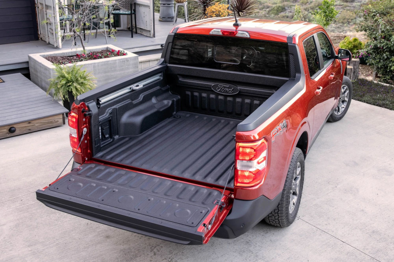 2022 Ford Maverick With Tailgate Open