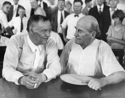 Clarence_Darrow_and_William_Jennings_Bryan_during_the_Scopes_Trial