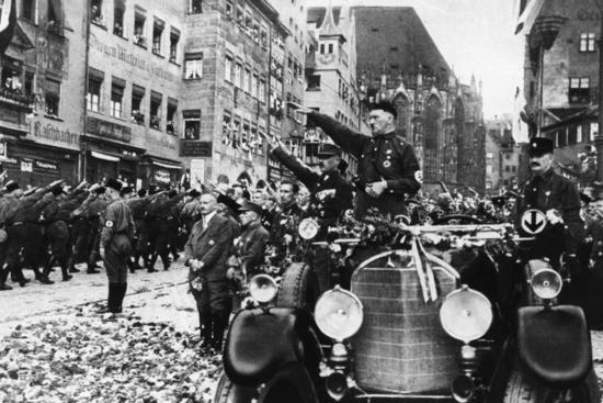 Hitler nuremberg GettyImages-2637118 (1)