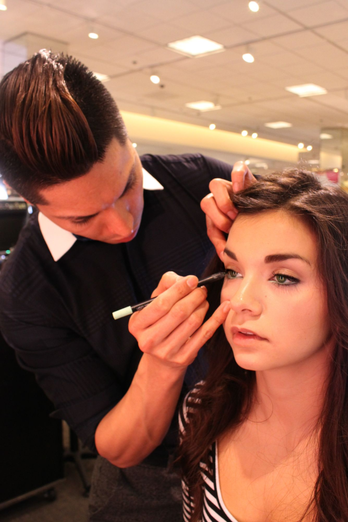 beauty-stylist-nars-nordstrom