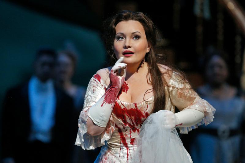 Albina Shagimuratova in Lucia Di Lammermoor
