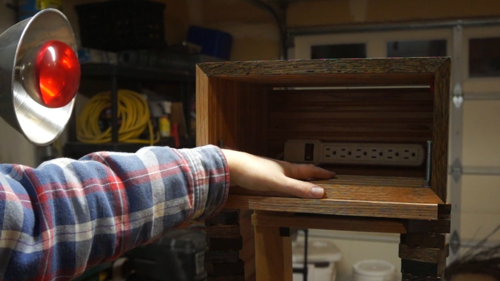 DIY-Reclaimed-Wood-End-Tables
