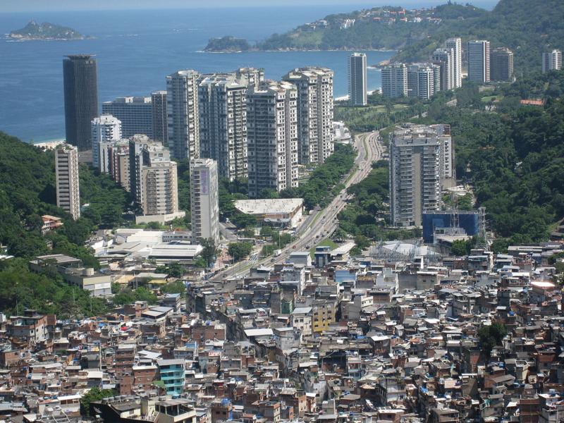 1280px-Rocinha_Favela_Brazil_Slums
