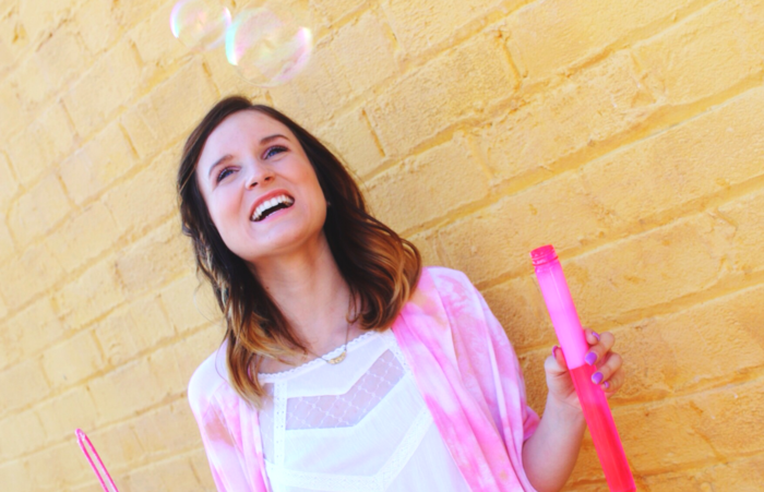 bubbles-yellow-wall-pink-ootd-nordstrom-bp
